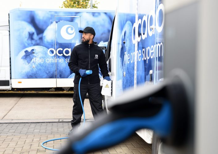 OCADO_EV_ZOOM - image of van and electric charging point